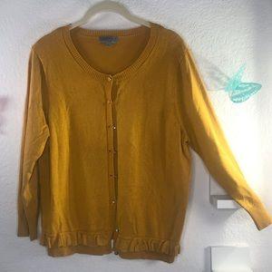 Joseph A XL mustard sweater, cute buttons & ruffle